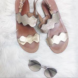 💥 3 for $20💥 Indigo Rd Metallic Sandals Size 8